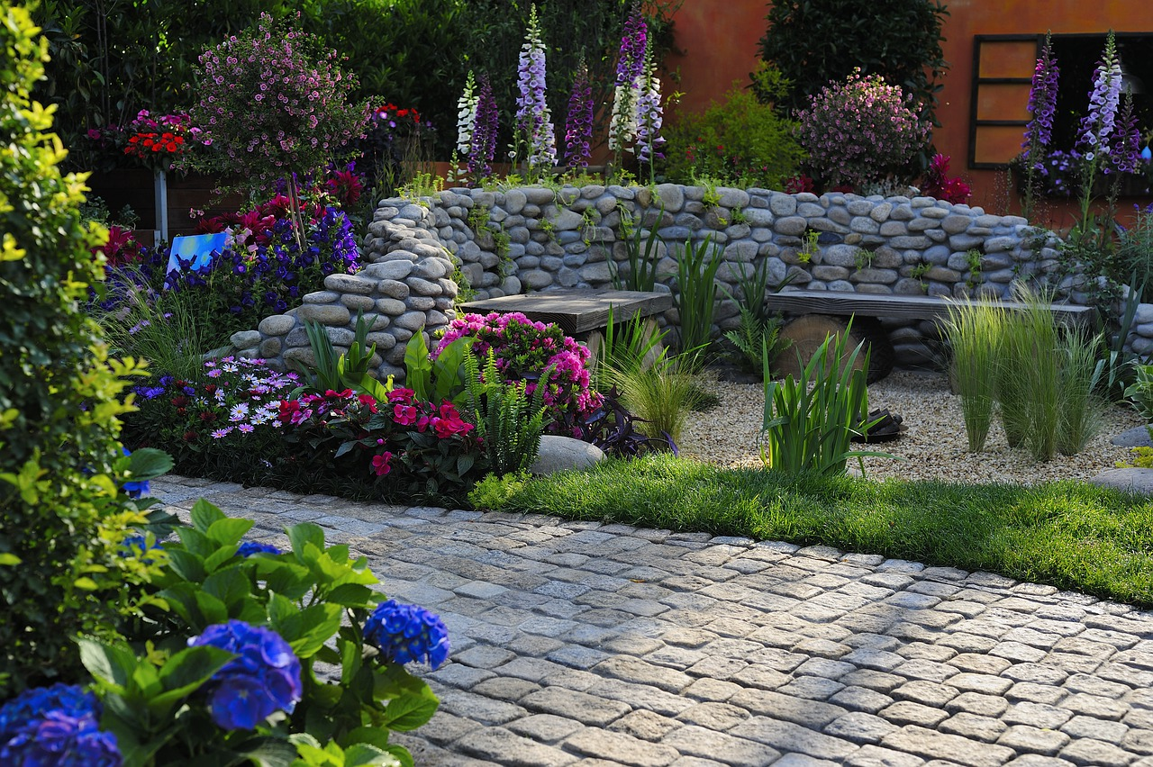 Where To Find The Best Plants For Your Landscaping