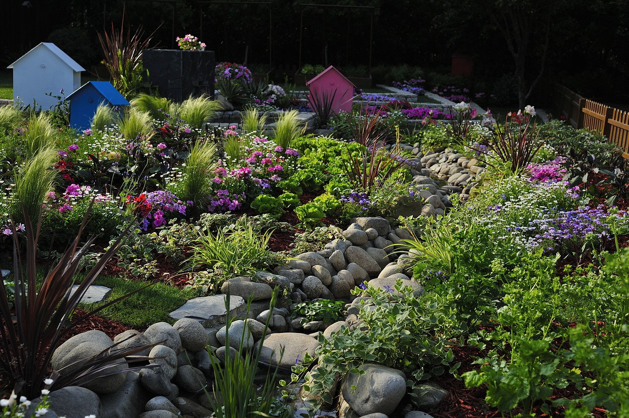 Helpful Tips And Tricks For DYI Home Landscapers